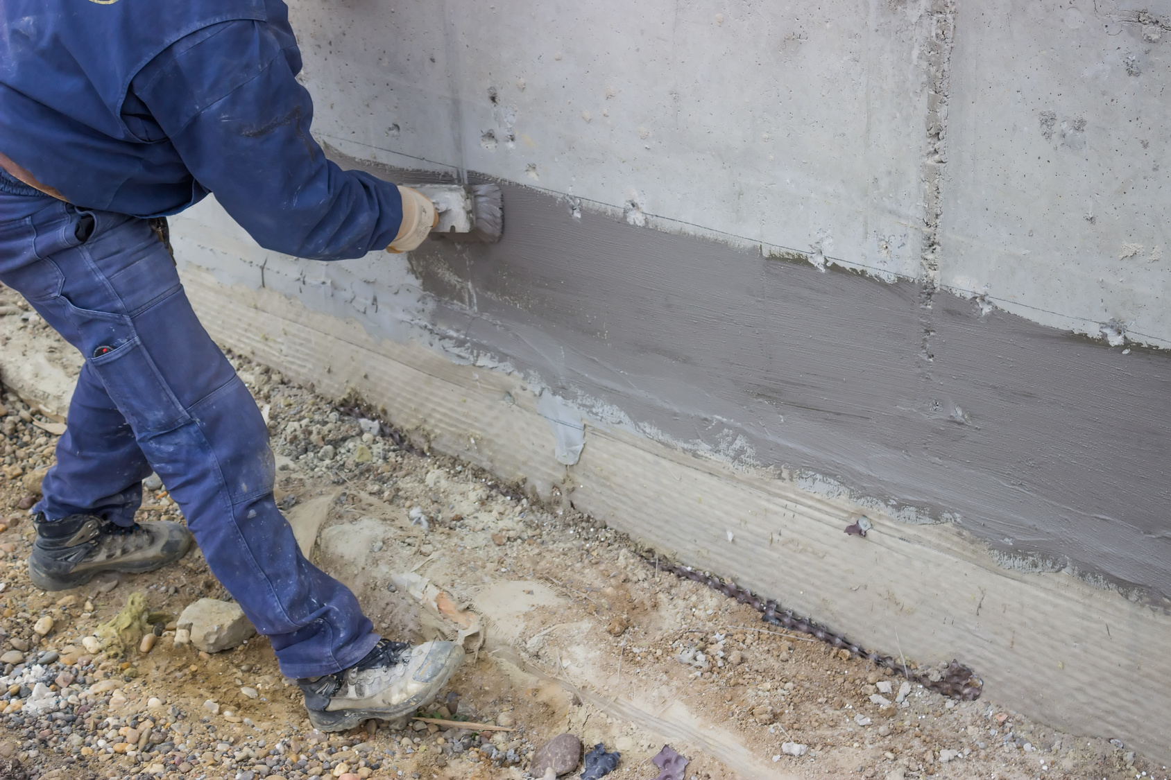 Wall tanking advice sales by restoration uk restoration uk - Damp proofing paint for exterior walls ...